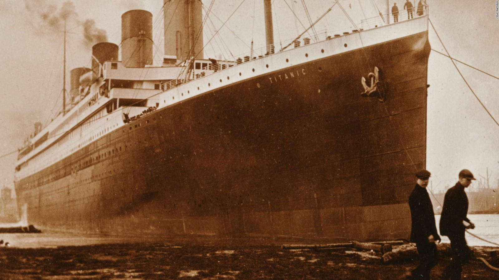 an analysis of the characteristics and the sinking of ss titanic